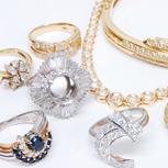 ダイヤモンドも査定にプラス!他店では評価されにくいメレダイヤもきっちり買取りさせていただきます。メレダイヤだけで数万円の値がつくことも多いですよ。